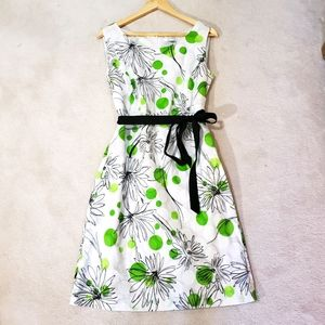 Precis Petite Sleeveless Green Size 12 Dress